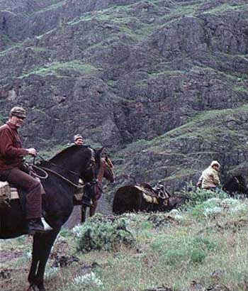Horseback Riding in Hells Canyon